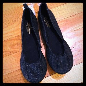 American Eagle NWT Black Ballerina Flats